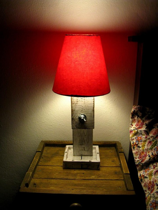 wooden pallet lamp plans