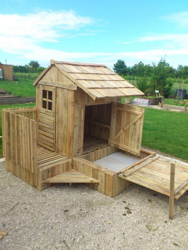 wooden pallet patio cabin