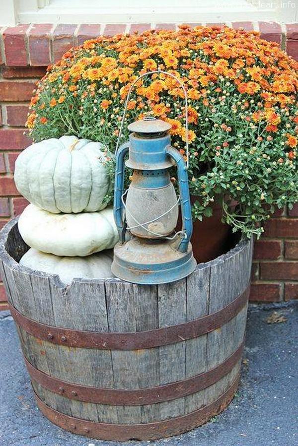 Old Barrel Garden Decor Art