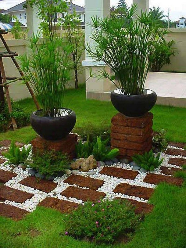 garden decor with pebbles