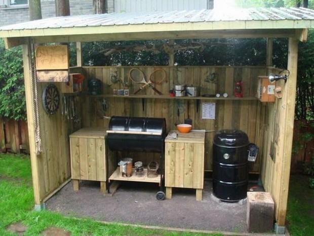 pallet bar shed