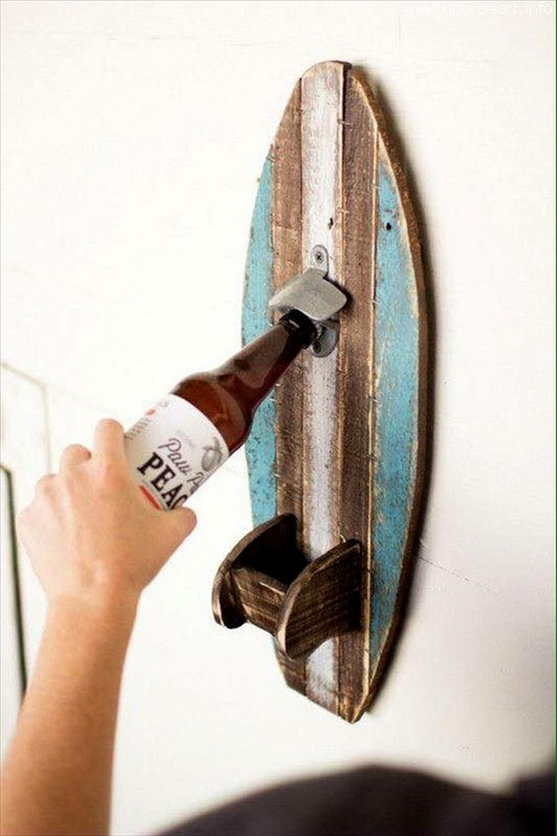 pallet bottle holder with opener