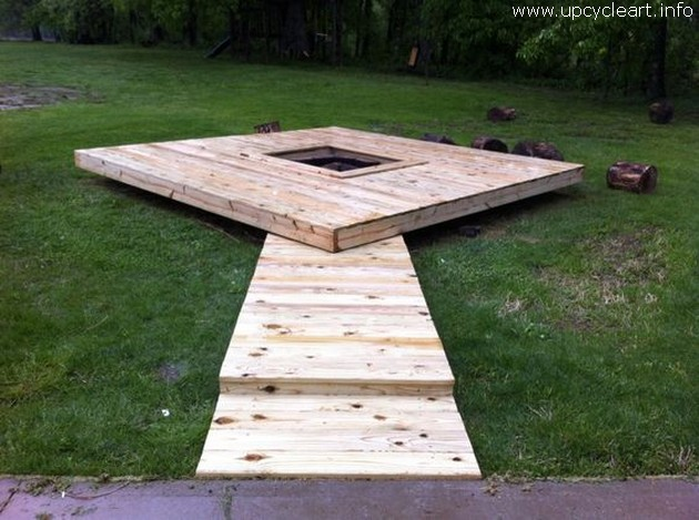 pallet floating deck with fire pit
