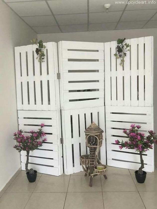 pallet room divider idea