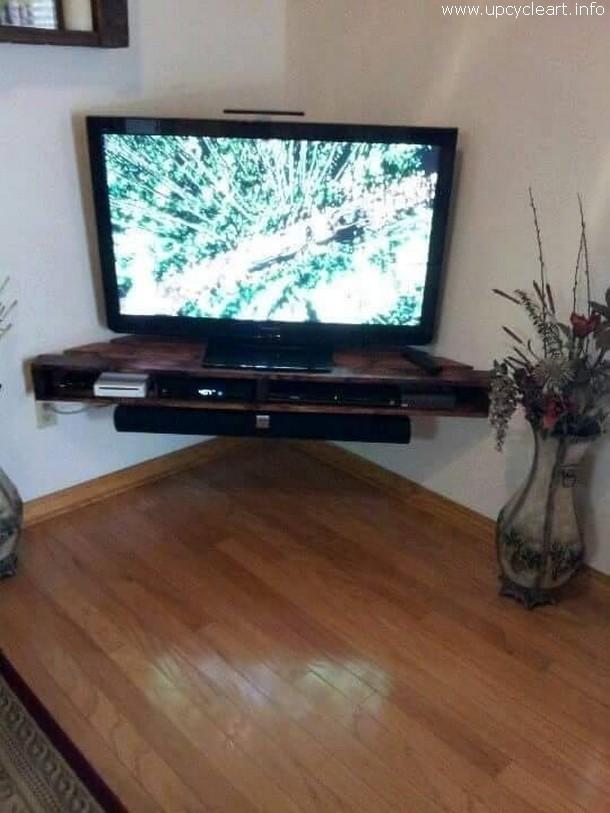 pallet tv rack