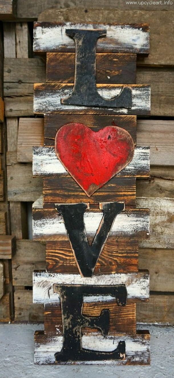pallet wall love art