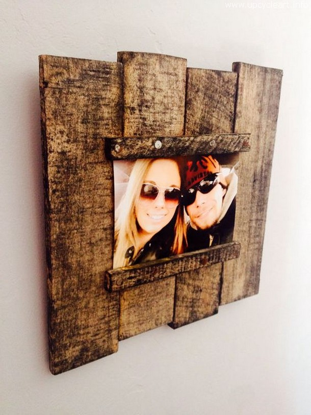 pallet wall photo framing