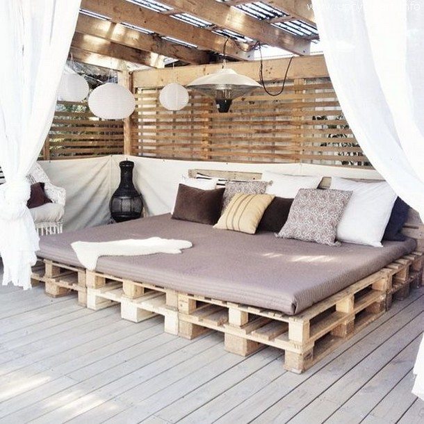 pallet wood lounge daybed