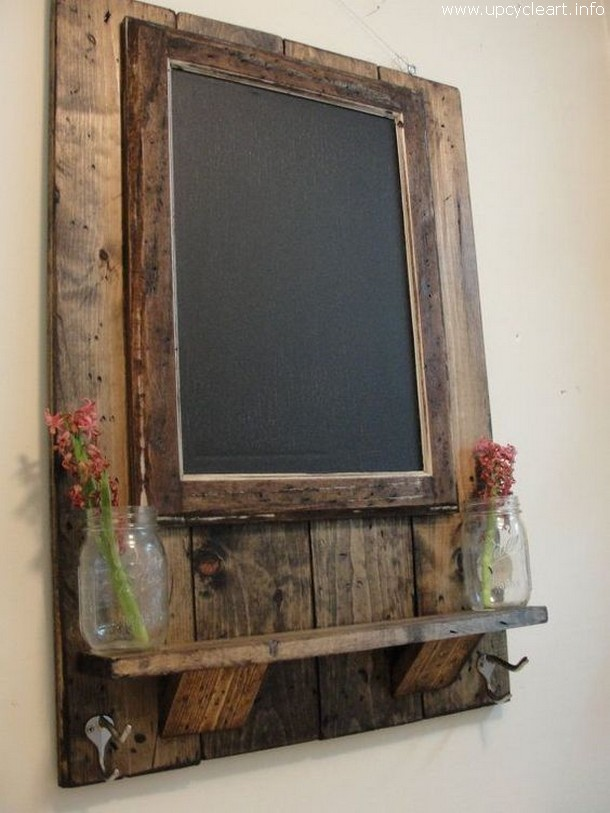 recycled wood pallet mirror