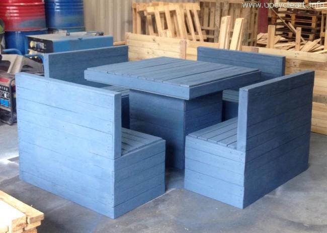 repurposed wood pallet furntiure