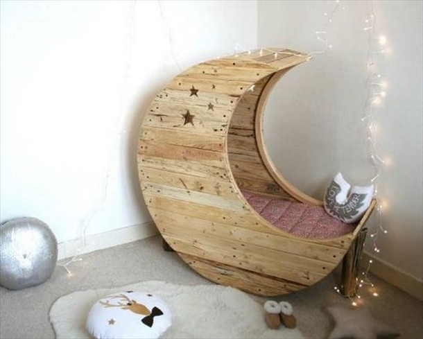 toddler furniture pallet made