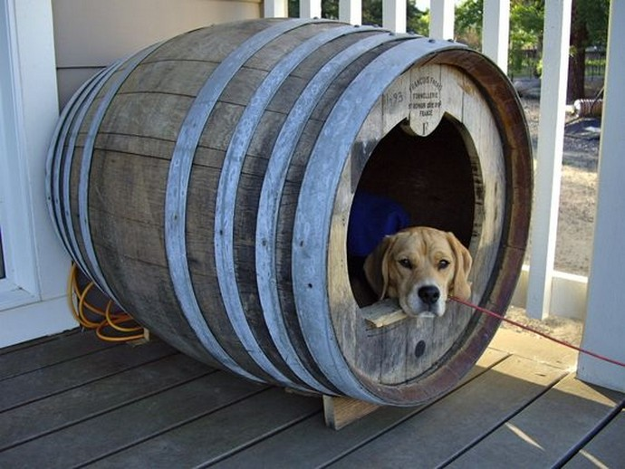 Whiskey Barrel Dog Bed Diy
