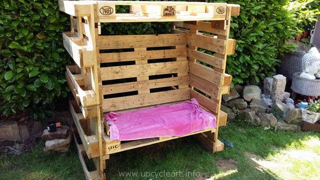 Wooden Pallet Strandkorb Chair