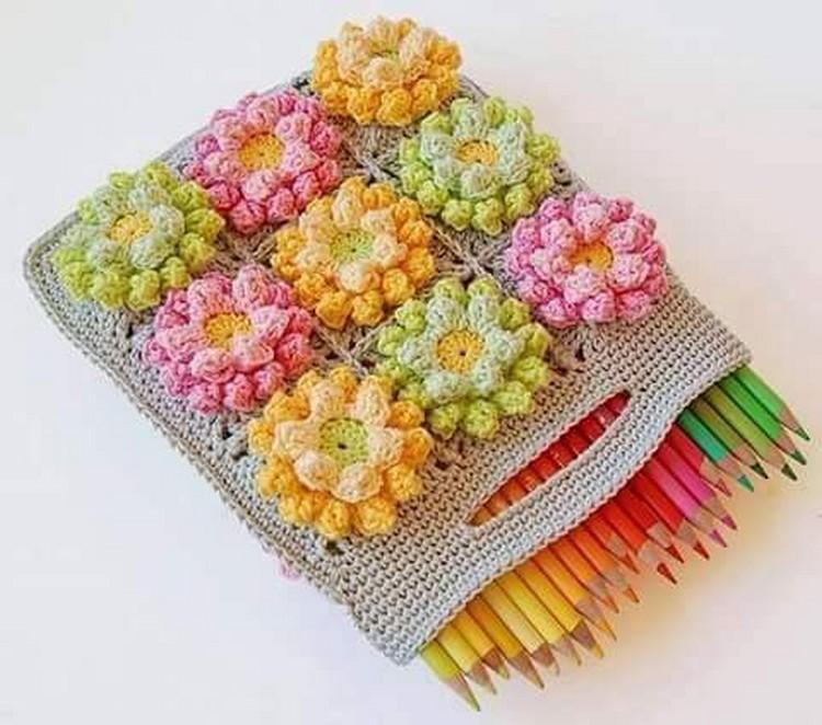 crochet pincil box