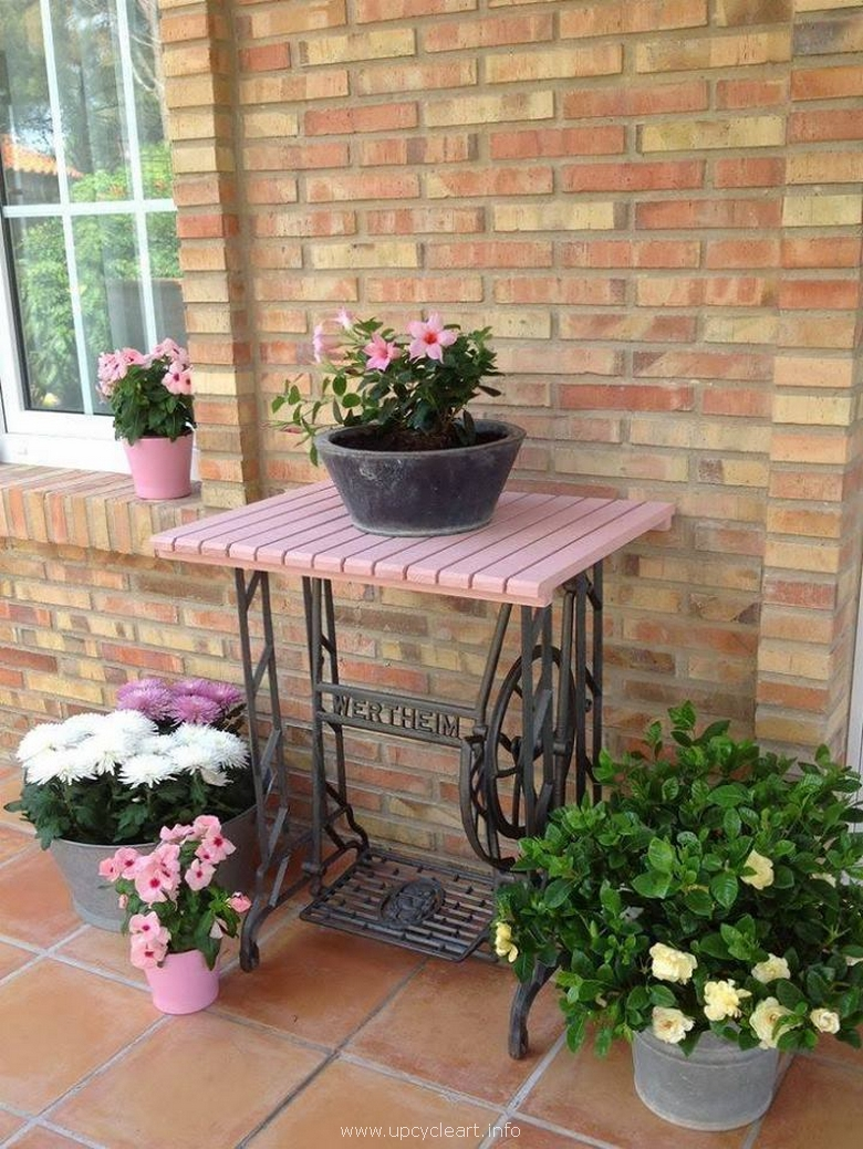 gaden potting table with recycled sewing machine