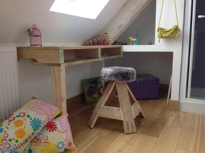 kids furniture with pallet wood