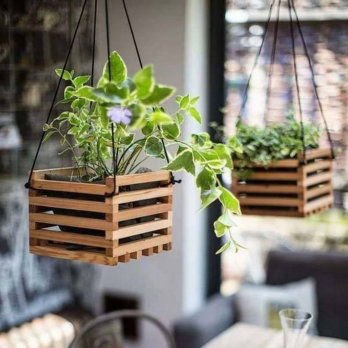 pallet hanging planters