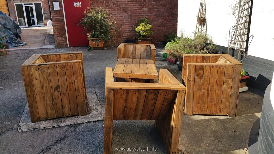 pallet patio furniture plan