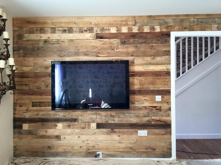 pallet recycled wall idea
