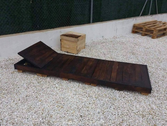 pallet wood lounger