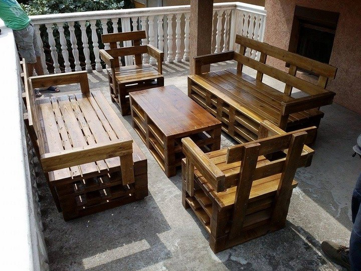 pallet wood recycled furniture