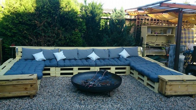 patio pallet garden couch