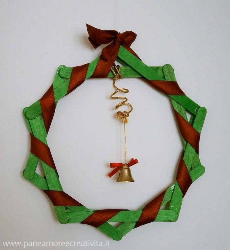 popsicle sticks decor wreath