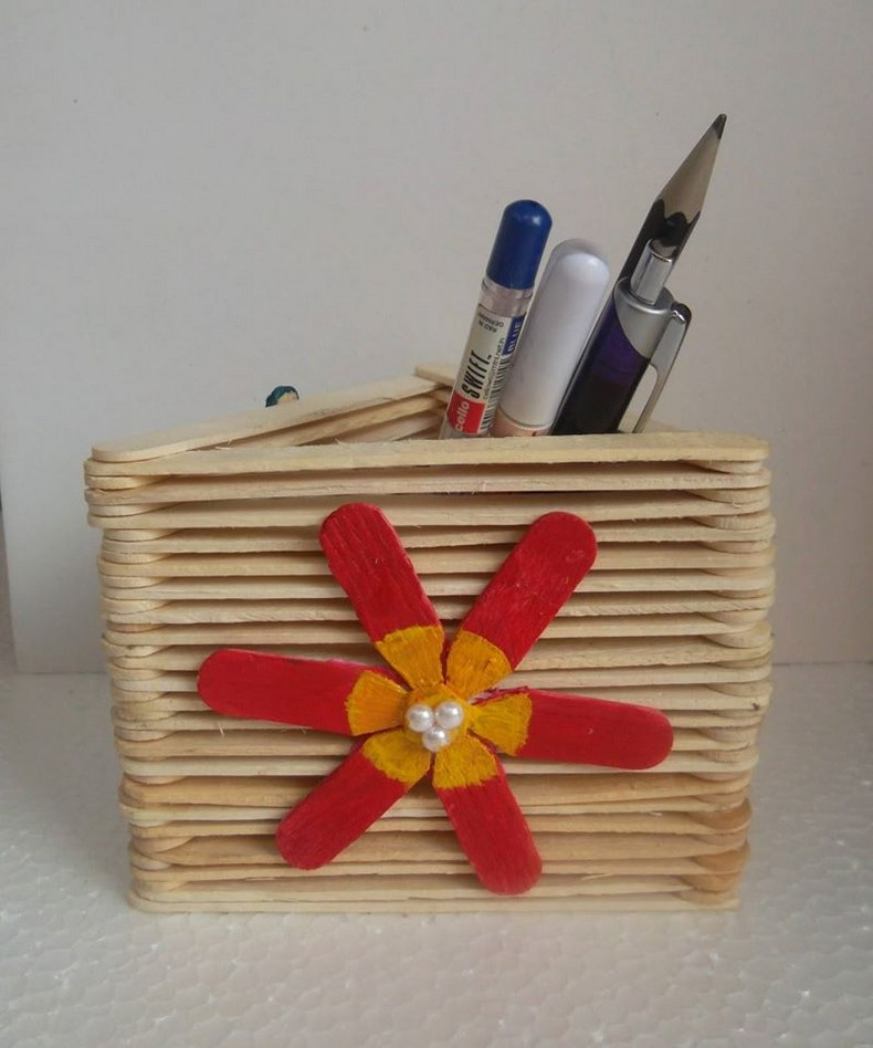 popsicle sticks kids pencil holder