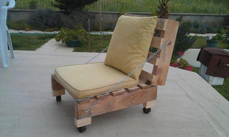 recycled pallet patio chair