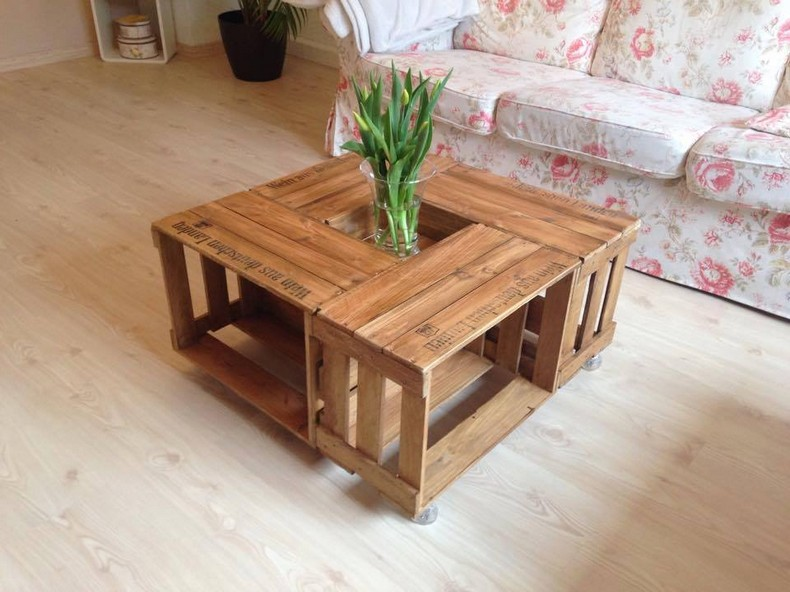 upcycled wood pallet table