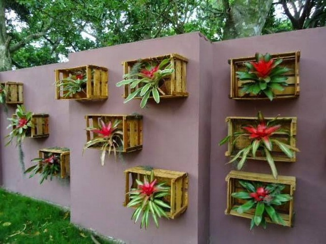 wall decor with reused fruit crates