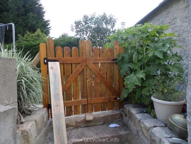 wood pallet garden gate