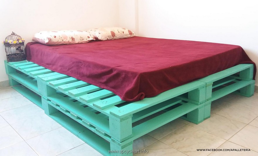 wooden pallet big bed
