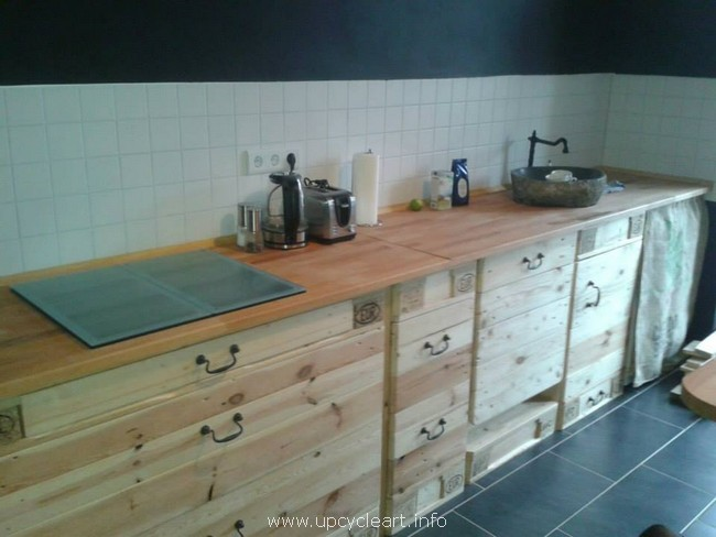 wooden pallet kitchen works