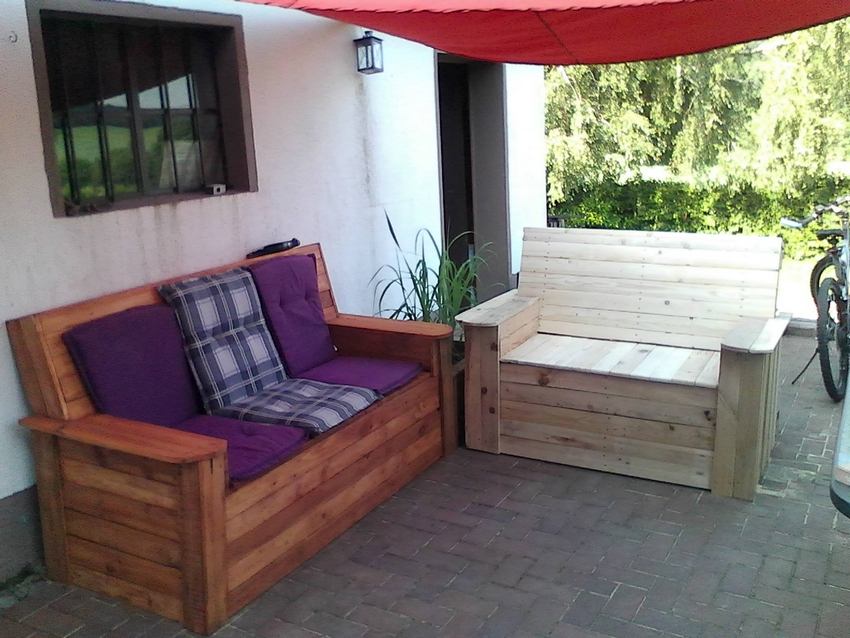 wooden pallet patio couches