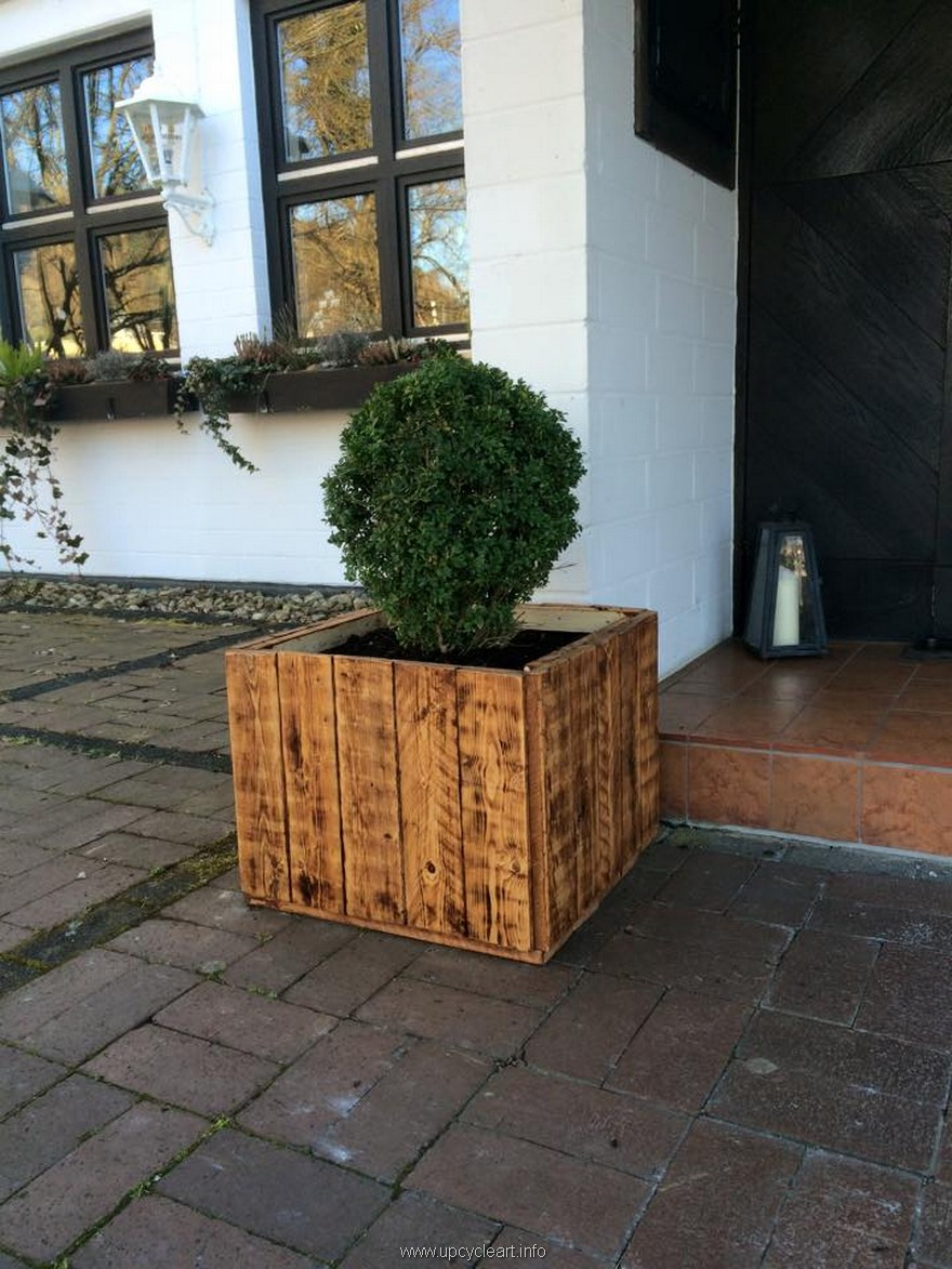 Inspiriting pallet reusing ideas upcycle art for Making planters from pallets