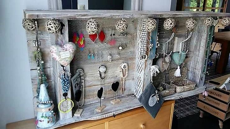 pallet-jewelry-box