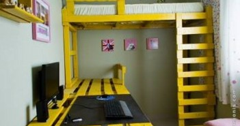 Pallet Bunk Bed with Computer Table