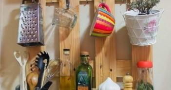 Reclaimed Pallet Wall Shelves