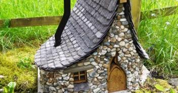 Enchanted Cottages Garden Decoration