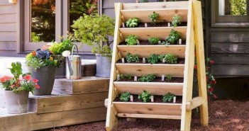 Recycled Pallet Wood Planter
