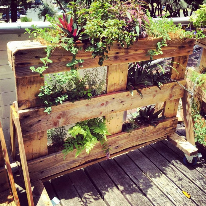 Multi Tier Pallet Planters Gardens Upcycle Art