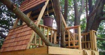 pallet tree playhouse